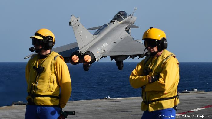 Frankreich Flugzeugträger Charles de Gaulle Einsatz Syrien IS