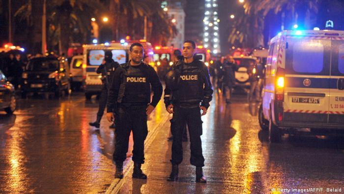 Tunesien Tunis Anschlag auf Militärfahrzeug
