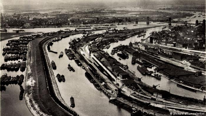 Дуйсбург, 1935 год