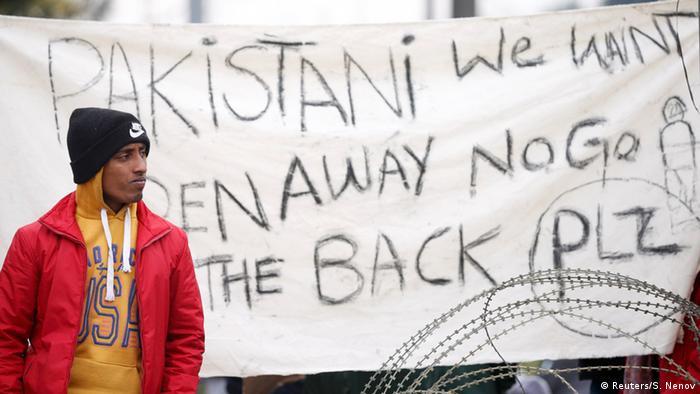 Griechenland Mazedonien Protest der Flüchtlinge (Reuters/S. Nenov)