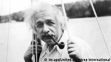 Albert Einstein deutscher Physiker 1935