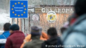 Поток беженцев, идущих в Германию