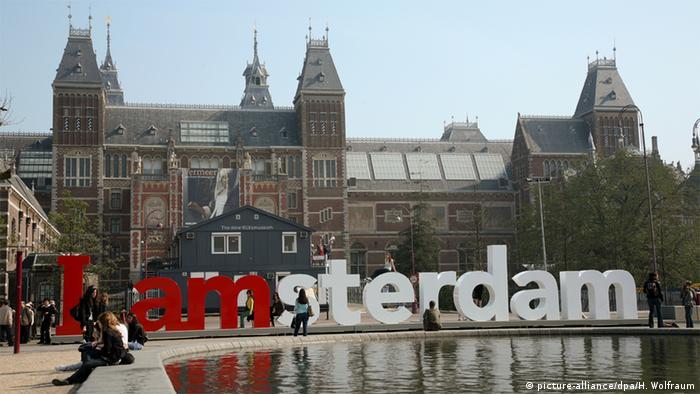 Niederlande Rijksmuseum in Amsterdam