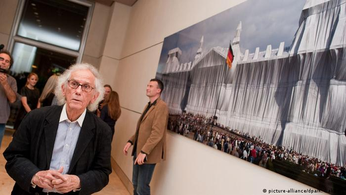 Berlin Christo, Copyright: picture-alliance/dpa/K. Gabbert