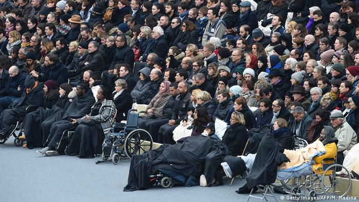 Frankreich Trauer für die Opfer der Anschläge Verletzte
