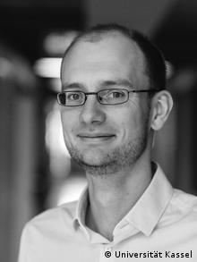 Stefan Peters Politologe Universität Kassel