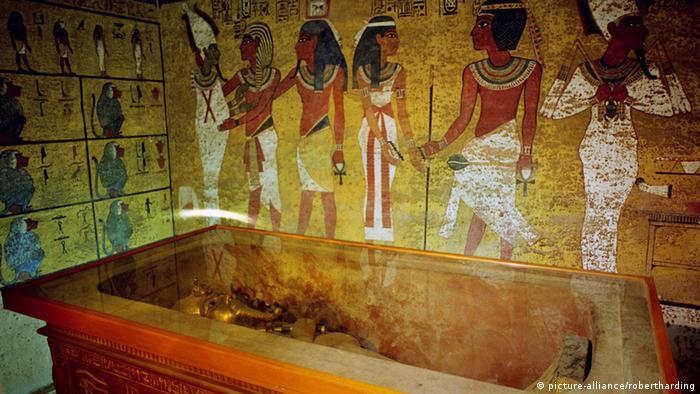 Queen Cleopatra Tomb Scans suggest hidden c...