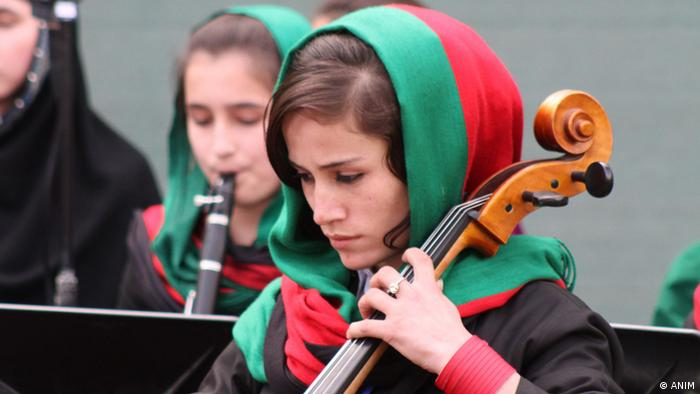 Schülerin am Afghanischen Nationalinstitut für Musik ANIM (ANIM)