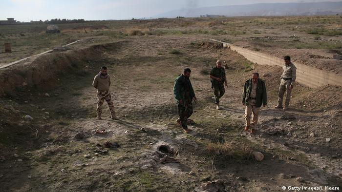 Mass grave in Sinjar Copyright: Getty Images/J. Moore