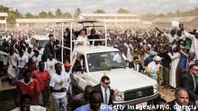 Papst Franziskus besucht die Zentralmoschee in Bangui