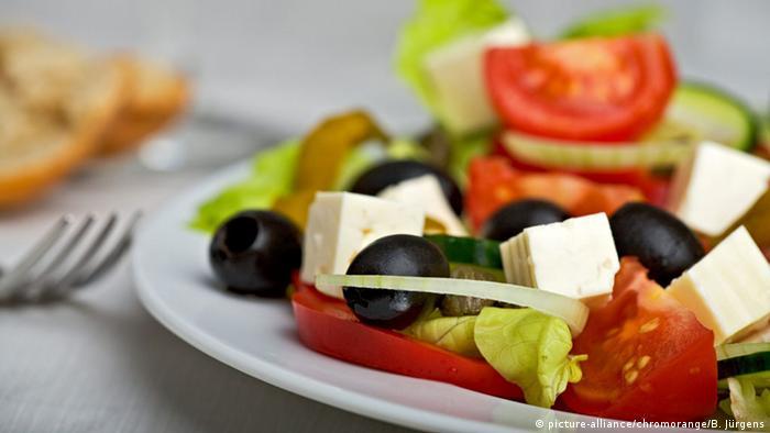 Так называемый греческий салат с удовольствием едят и в Германии