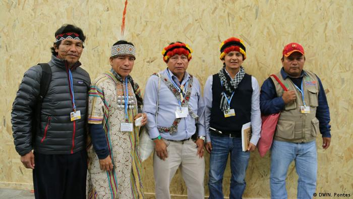 Indigenous people at COP21 (DW/N. Pontes)