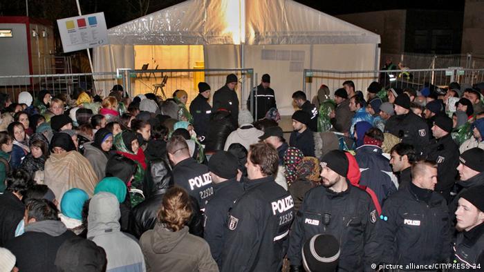 Berlin Lageso Flüchtlinge Polizei