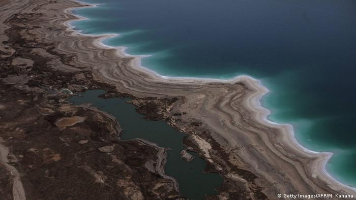 Israel Totes Meer Trockenheit Verdunstung Küste (Getty Images/AFP/M. Kahana)