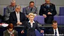 02.12.2015 **** German Defence Minister Ursula Von der Leyen (C) answers questions during a session of the Bundestag, the German lower house of parliament, in Berlin, Germany, December 2, 2015, to a debate the country's role in the campaign against Islamic State. German support for military involvement in the campaign against Islamic State has risen sharply with 42 percent backing action, a poll showed on Wednesday. In direct response to a French appeal for solidarity after the attacks in Paris which killed 130 people, Germany has joined other countries in stepping up its role in the military campaign against IS insurgents in Syria. REUTERS/Fabrizio Bensch Copyright: Reuters/F. Bensch