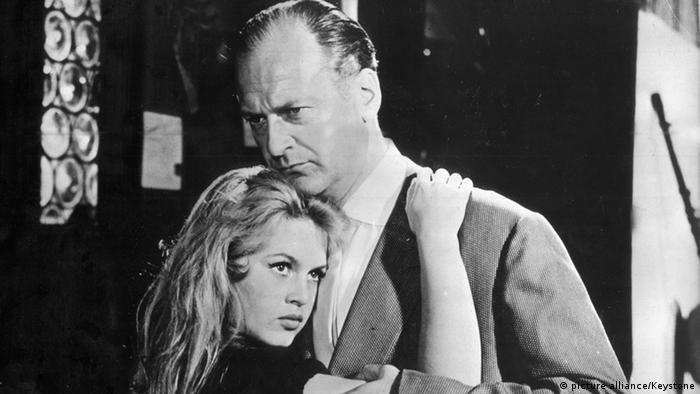 Curd Jürgens und Brigitte Bardot in Und immer lockt das Weib