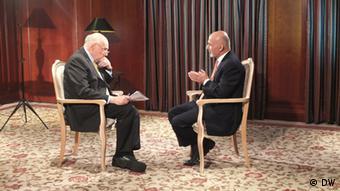 Ashraf Ghani im Interview für DW