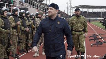 Лідер Чечні Рамзан Кадиров (у центрі)
