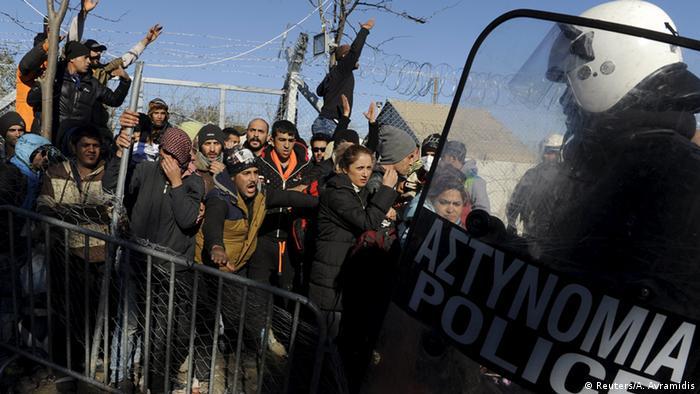 Griechenland Flüchtlinge an der Grenze zu Mazedonien Copyright: Reuters/A. Avramidis