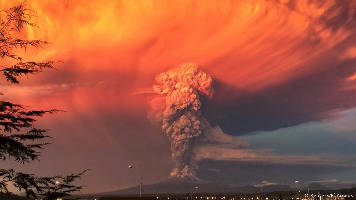 Chile Vulkanausbruch Calbuco (Foto:Reuters/R. Arenas)