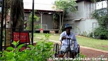 DW Videostill Uganda: Fred Batale's disability project