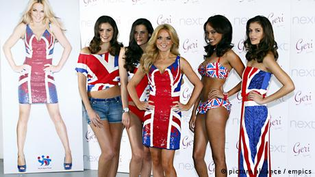 Cool Britannia Spice Girls performing (picture alliance / empics)