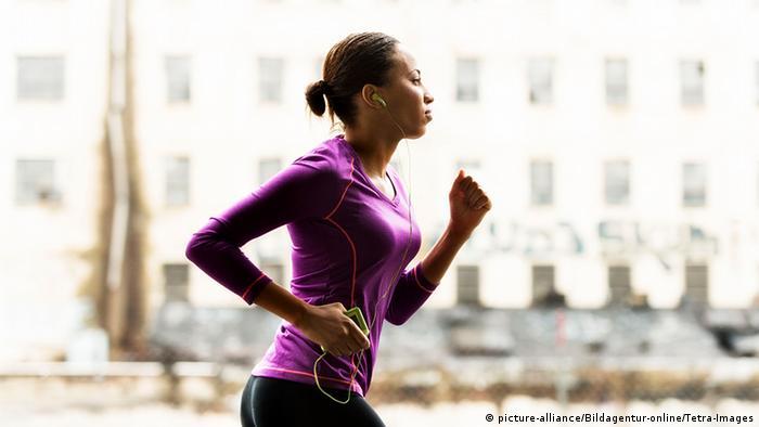 El ejercicio ayuda a disminuir los niveles de estrés.