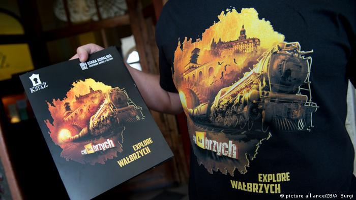 Souvenirs of 'Explore Walbrzych' Copyright: dpa - Bildfunk
