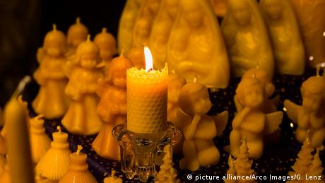 Candles (picture alliance/Arco Images/G. Lenz)
