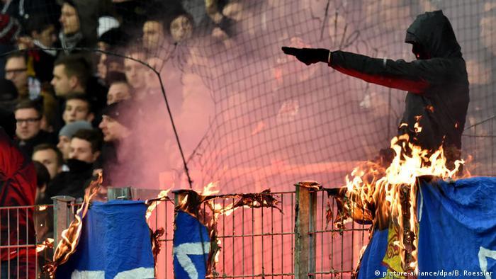 Bundesliga Eintracht Frankfurt gegen SV Darmstadt 98 Feuer