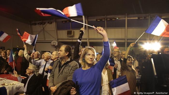 Frankreich Regionalwahlen Unterstützer des Front National