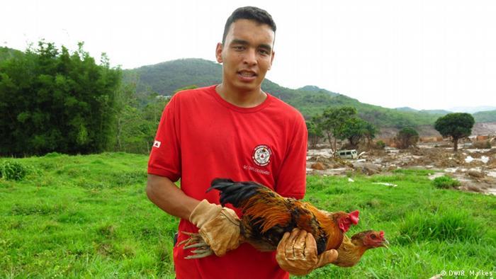 Brasilien Gerettetes Tier nach der Schlammlawine in Mariana
