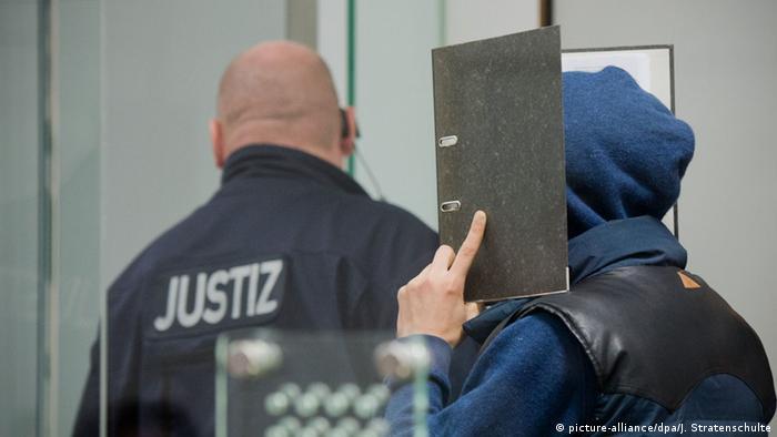 Celle Prozess gegen zwei ehemalige IS-Kämpfer aus Wolfsburg