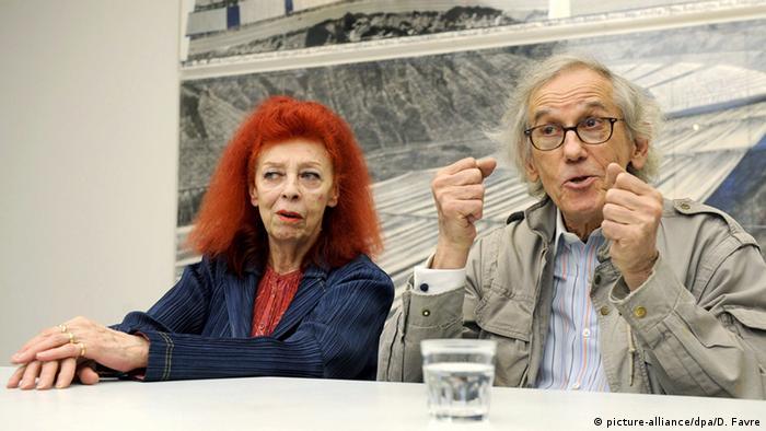 Christo und Jeanne-Claude Künstler (c) dpa - Bildfunk+++ Copyright: picture-alliance/dpa/D. Favre