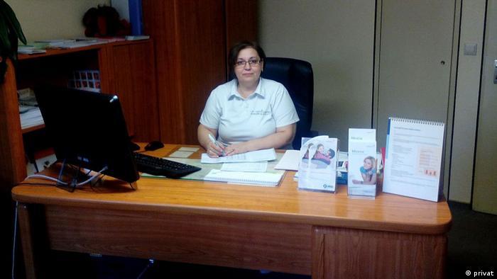 Dr. Molova