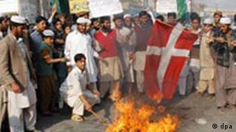 Verbrennung der dänischen Flagge
