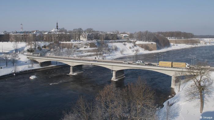 Estland Russland Narva Brücke Iwangorod