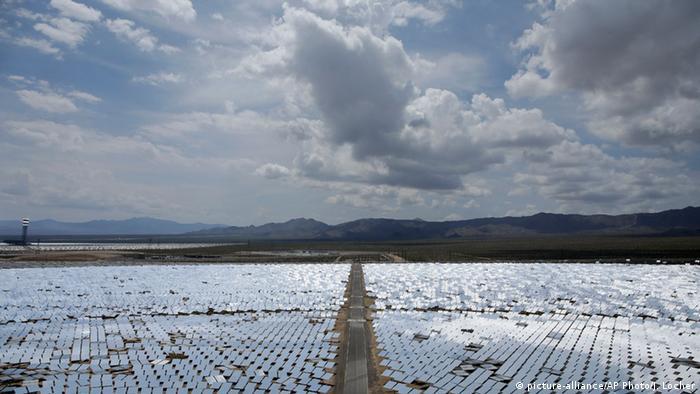 Einen großes Solarfeld in den USA (Foto: AP)