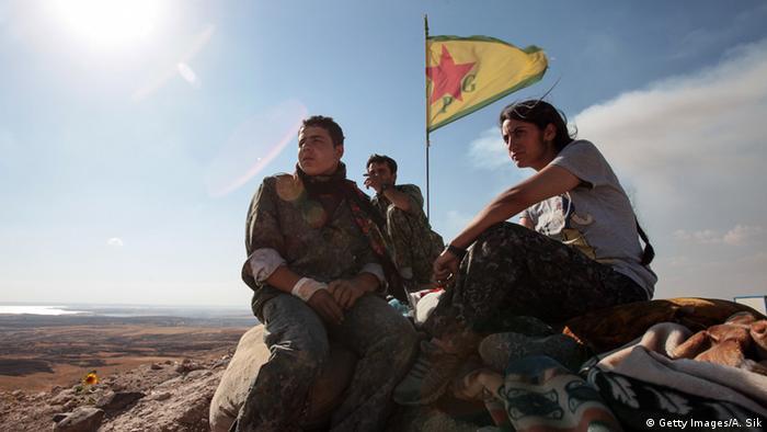 Курды в городе Кобане, 2015 год