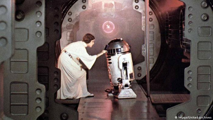 Star Wars Prinzess Leia (the late Carrie Fisher) with R-D2