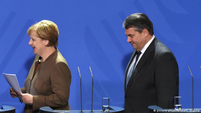 Germany Merkel and Gabriel Symbolbild Windschatten