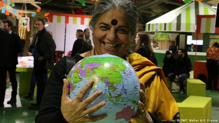 Frankreich Cop21 Klimagipfel in Paris - Faces of Climate Change - Vandana Shiva