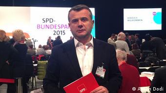 Taulant Balla Abgeordneter der Sozialistischen Partei Albaniens (PS)