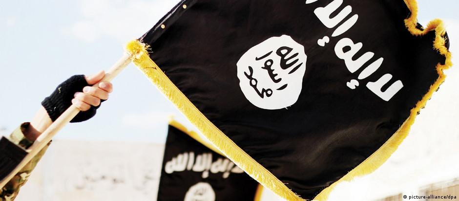 """Bandeira do """"Estado Islâmico"""""""