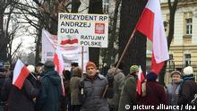 Protesters in Warsaw (picture alliance / dpa)