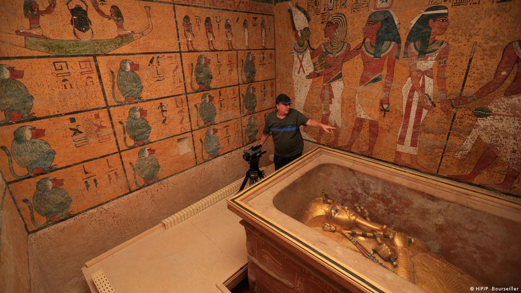 what tutankhamun s tomb reveals about egyptian society Quick answer king tutankhamun is most important because of the quality and quantity of artifacts found within his tomb king tutankhamun's reign is not known as particularly important.