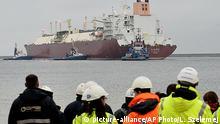 Polen Gas Hafen Swinoujscie Schiff