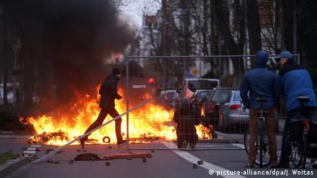 ВЛейпциге милиция  разогнала демонстрацию неонацистов