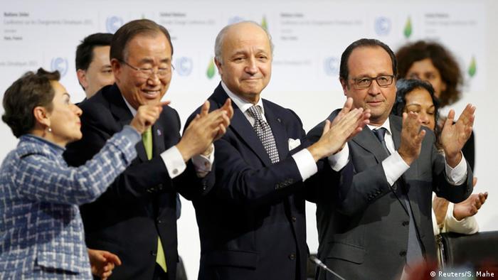 Der damalige UN-Generalsekretär Ban Ki-Moon und der damaligen frnanzösische Präsident Hollande bei der Klimakonferenz in Paris 2015