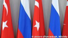 Symbolbild Russland Türkei Flaggen